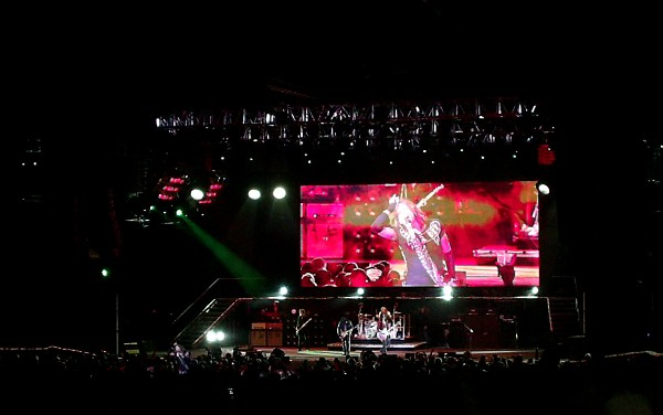 Aerosmith And Motley Crue Concert Review And Set List